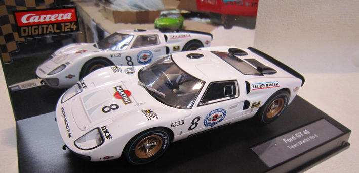 D124 Ford GT40 Martini