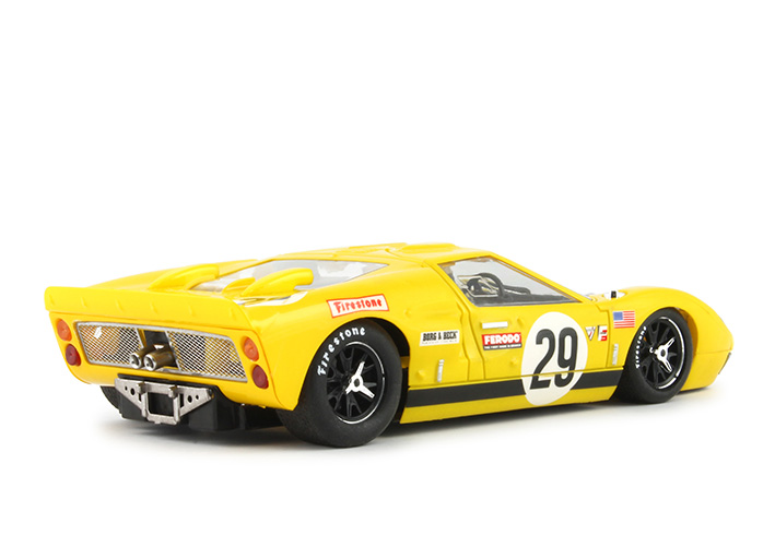 NSR-FORD-GT40-1177SW-hinten