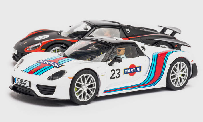 Carrera Digital 132 - Porsche 918 Spyder Martini Racing No.23 (30698) - seitlich