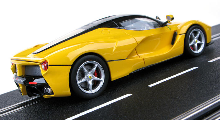Carrera Evolution - LaFerrari Yellow (27458) - hinten