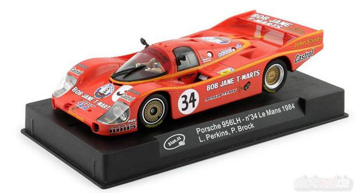 Slot.it - Porsche 956 LH LM 1984 (SI-CA02G) am Sockel