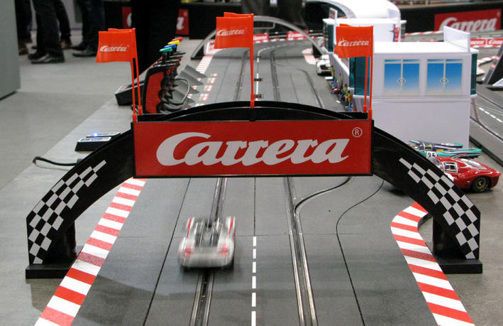 Rennbogen Carrera (21126) am Track