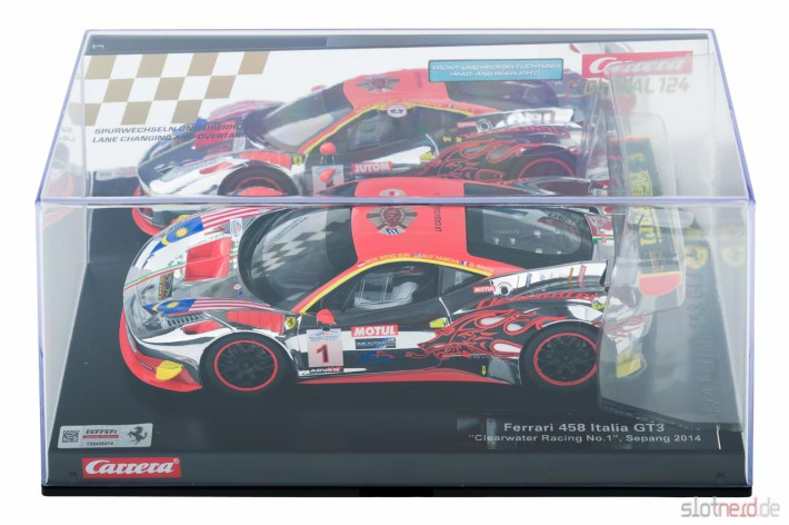 Carrera DIGITAL 124 - Ferrari 458 GT3 Clearwater Racing No.1 (23822) im Display